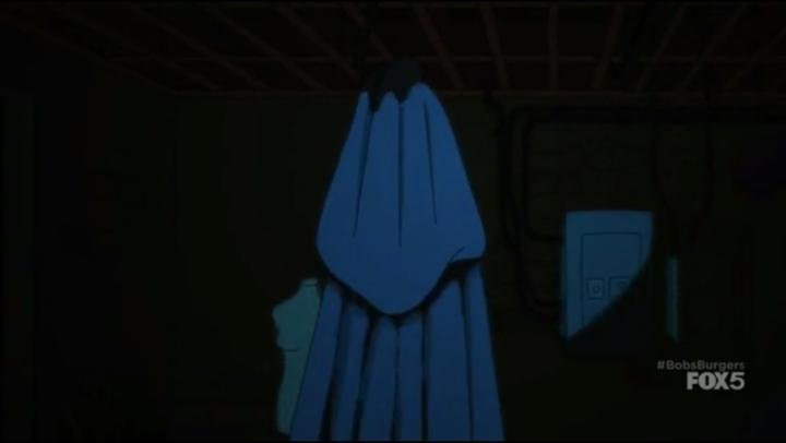 S6e3_mysterious_cloak